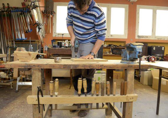 Qu'est-ce qu'un charpentier ? Les bases de la menuiserie