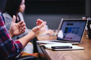 Combien facturer pour la maintenance mensuelle d'un site Web ?